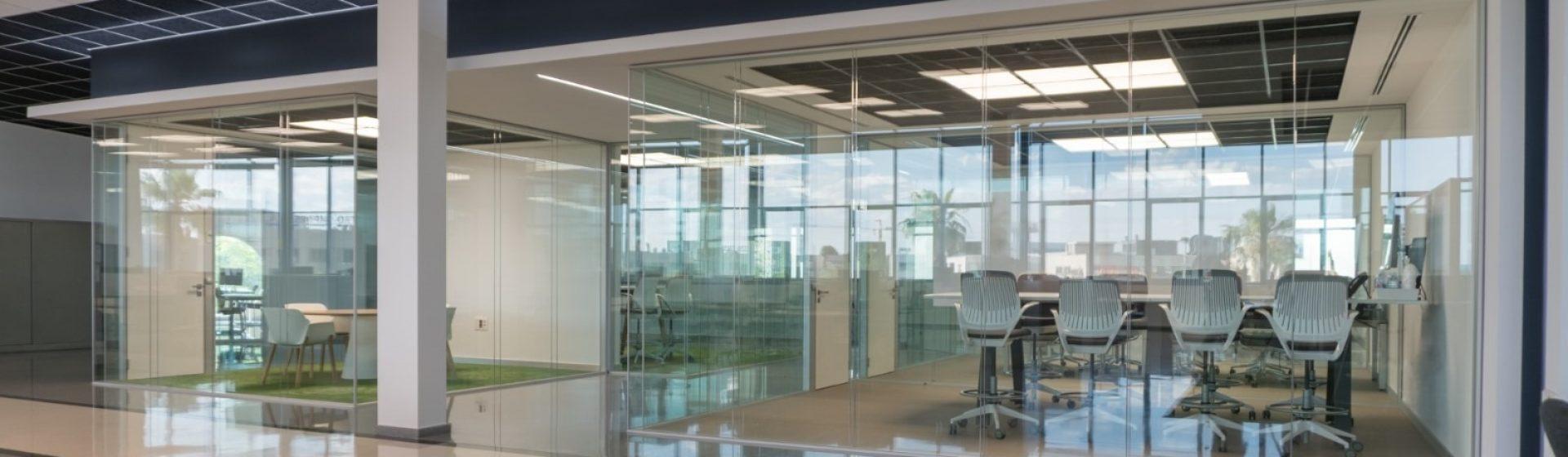 reforma-mamparas-oficines-valencia